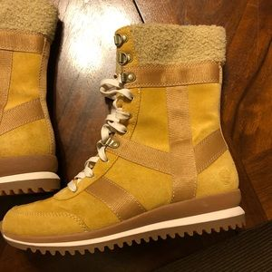 Timberland Boots Women's Size 7.5M Brown Tan